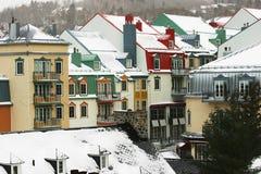 Aldea en la montaña Foto de archivo libre de regalías