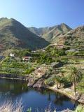 Aldea en las montañas del La Gomera Foto de archivo libre de regalías