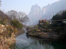Aldea en montaña Fotografía de archivo libre de regalías