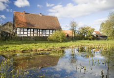 Aldea escénica, Polonia. Imagen de archivo