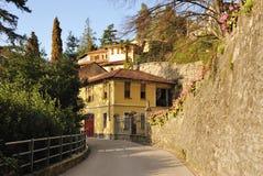 Aldea italiana típica foto de archivo libre de regalías