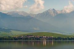 Aldeia da montanha em Tatras elevado Slovakia Foto de Stock