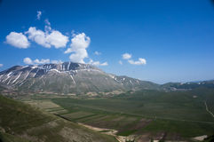 Aldeia da montanha italiana Castelluccio Fotos de Stock