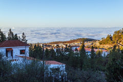 Aldeia da montanha no amanhecer Fotografia de Stock