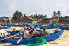 A aldeia piscatória dos pescadores Imagem de Stock Royalty Free