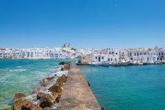 Aldeia piscatória grega Naousa na ilha de Paros, Cyclades foto de stock
