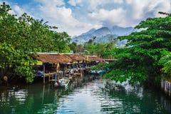 Aldeia piscatória na ilha em 3Sudeste Asiático Imagem de Stock
