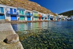 Aldeia piscatória tradicional Klima, Milos Ilhas de Cyclades Greece fotografia de stock royalty free