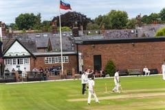 Alderley krawędzi krykieta klub jest amatorskim krykieta klubem opierającym się przy Alderley krawędzią w Cheshire Fotografia Royalty Free