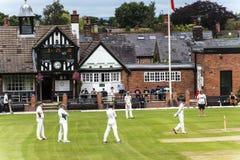 Alderley krawędzi krykieta klub jest amatorskim krykieta klubem opierającym się przy Alderley krawędzią w Cheshire Zdjęcie Stock