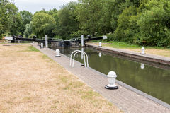 ALDERMASTON, BERKSHIRE UK - JULY 5 : Lock on the Kennet and Avon Stock Photos