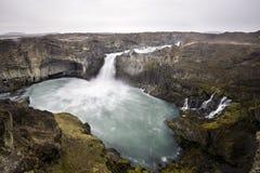 Aldeyjarfoss jest zadziwiającym siklawą w Iceland Fotografia Royalty Free