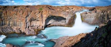 Aldeyjarfoss siklawy panorama Zdjęcie Stock