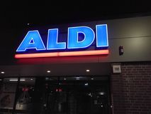Aldi-Supermarkt Signage Lizenzfreies Stockbild
