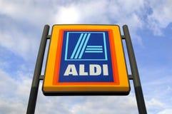 Aldi-Werbungs-Zeichen Stockbilder