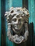 Aldrava de porta antiga Imagem de Stock Royalty Free