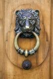 Aldrava de porta de Lionhead Fotografia de Stock