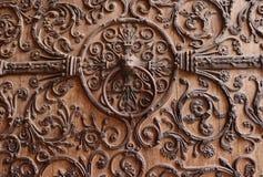 Aldrava de porta em Notre Dame Cathedral em Paris foto de stock