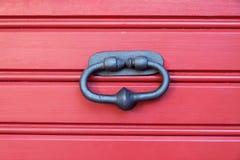 Aldrava de porta velha do metal Fotografia de Stock Royalty Free