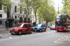 Aldwych gata i London Royaltyfria Foton