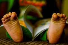 Alegría de la lectura Foto de archivo libre de regalías