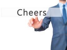 Alegrías - botón del presionado a mano del hombre de negocios en interf de la pantalla táctil Foto de archivo