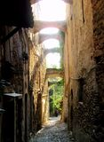 Alei antyczna wioska Bussana Vecchia - Włochy (Liguria) Zdjęcie Stock