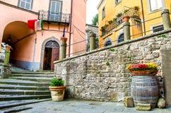 Aleia das etapas da vila de Montefiascone - Lazio - Viterbo - descubra Imagem de Stock Royalty Free