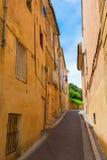 Aleia pitoresca em Aix-en-Provence, França Imagens de Stock