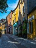 Aleja w starej wiosce Marglisty Le Roi blisko Paryż Fotografia Stock