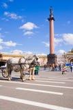 Aleksander kolumna przy pałac kwadratem w St. Petersburg. Fotografia Royalty Free