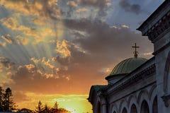 Aleksander Nevsky Cathedral no por do sol fotos de stock royalty free