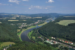 Alemania, río Elbe, PA nacional sajón de Suiza imagenes de archivo