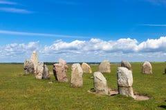 Ales Stenar - um monumento megalítico na Suécia foto de stock