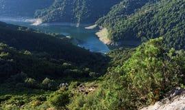 Alesani水坝在可西嘉岛 库存照片