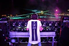 Alesso瑞典DJ和电子舞蹈音乐生产商执行在小谎节日 免版税图库摄影