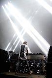 Alesso瑞典DJ和电子舞蹈音乐生产商执行在小谎节日 库存图片