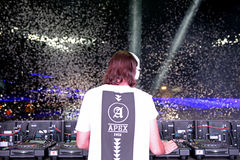 Alesso (svensk discjockey och elektronisk producent för dansmusik) royaltyfri foto