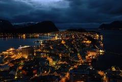 Alesund在晚上 免版税库存照片