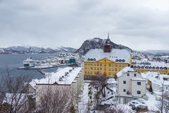Alesund镇的看法从观点的 33c 1月横向俄国温度ural冬天 图库摄影