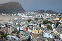 Alesund de meest prettiest stad in Noorwegen stock afbeelding