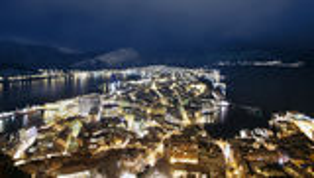 Alesund, Noorwegen bij nacht. Royalty-vrije Stock Fotografie