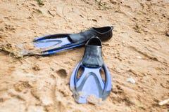 Aletas de goma azules Fotos de archivo