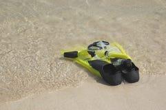 Aletas e máscara de Snorkling Fotos de Stock Royalty Free