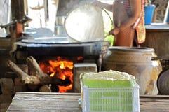 Aletria tailandesa do arroz tradicional em Tailândia imagens de stock