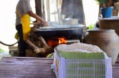 Aletria tailandesa do arroz tradicional em Tailândia fotos de stock