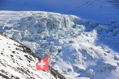 aletsch阿尔卑斯bettmeralp双桅船冰川hohfluh在瑞士瑞士瓦雷兹视图沃利斯冬天 在Hohsaas冰川的图, 3,142 m 库存照片