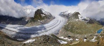 Aletsch glaciär, det största mer gracier i fjällängar Royaltyfri Foto