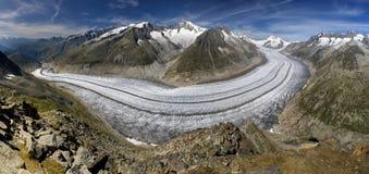 Aletsch Gletscher - panoramische Ansicht Lizenzfreie Stockfotos