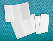 Aletta di filatoio di carta piegante bianca in bianco Immagini Stock Libere da Diritti